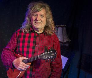 Michael Proschek: Gitarre, Mandoline